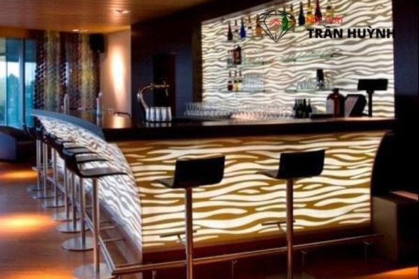 quầy bar ốp đá nhân tạo